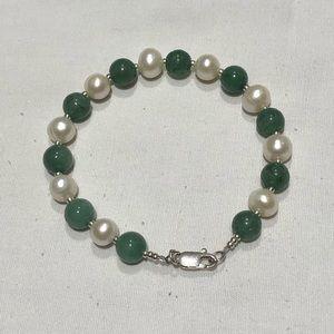 Sterling silver freshwater pearl bracelet
